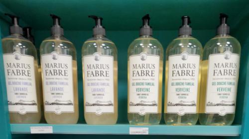 shampoing, gel douche